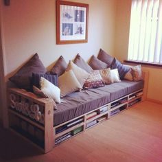Pallet Couch/Daybed