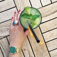 Wednesday rhimes with Mojito, right? 🤔 #LW37 #larslarsenwatches 🔎137GEGM  Picture by @rosesandlaces #danishdesign #wotd