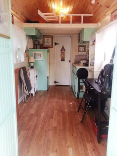 tiny-house-cottage-2