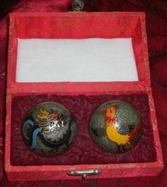 VINTAGE CHINESE MUSICAL CHIMING BALLS -THERAPEUTIC BALLS -ROOSTER & DRAGON