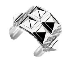 Bracelets de force Esther Vina http://www.vogue.fr/joaillerie/shopping/diaporama/bracelets-de-force-hermes-marc-deloche/16063/image/877842#!bracelets-de-force-esther-vina-orus
