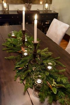 115 elegant christmas table centerpieces to your holiday decor page 16 Christmas Table Centerpieces, Country Christmas Decorations, Christmas Table Settings, Christmas Tablescapes, Xmas Decorations, Quinceanera Decorations, Elegant Christmas, Noel Christmas, Rustic Christmas