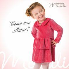Para passear, visitar a família <3  O vestido rosinha com aplique de strass é confortável e estiloso.   #modainfantil #brandili #criancaestilosa