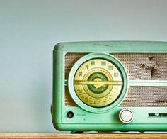 Spearmint retro radio