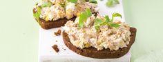 Sardinková pomazánka Krispie Treats, Rice Krispies, Baked Potato, Snacks, Baking, Cake, Ethnic Recipes, Food, Appetizers