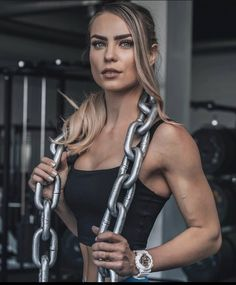 Fitness Photos, Pumps, Hair Styles, Training, Beauty, Girls, Fashion, Hair Plait Styles, Toddler Girls