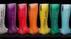 Rain Level Boots - These Regina Regis 'Rain Level Boots' are both stylish and informative as they tell the wearer the various levels of rain that have fallen once the. Rainbow Shoes, Rainbow Colors, Bright Colors, Rain Gauge, Palette, Cool Boots, Hunter Boots, Affordable Fashion, Rubber Rain Boots