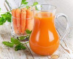 Suc de morcov amestecat cu miere. Ce face aceasta licoare magica bauta pe stomacul gol
