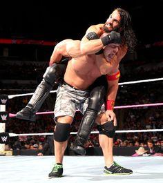 Raw 10/27/14: John Cena vs Seth Rollins