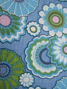 lovely vintage fabric from my stash, via Flickr.