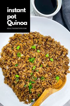 Instant pot quinoa is not just delicious but is super easy to cook. It is vegan, healthy, and goes well with almost everything. Whether it is lunch or dinner, cook quinoa in an instant pot to save time and enjoy its many benefits. Making Quinoa, How To Cook Quinoa, Quinoa Benefits, Cauliflower Steaks, Best Dinner Recipes, Breakfast Bowls, Roasted Vegetables, Gluten Free Recipes