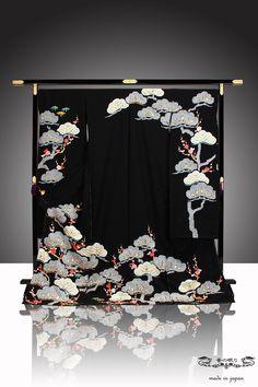 Kimono Japan, Japanese Kimono, Japanese Art, Japanese Geisha, Japanese Textiles, Japanese Patterns, Kimono Fabric, Kimono Dress, Traditional Kimono
