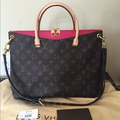 Bolsa Louis Vuitton Monogram Canvas Pallas Red 5cb3bdcaa0161