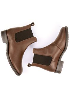 Will's Vegan Shoes Womens Chestnut Vegan Smart Chelsea Boots at wills-vegan-shoes.com
