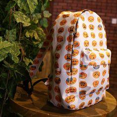 Encontrar Más Mochilas Información acerca de 2015 nuevas mujeres mochila de lona emoji smiley bolsos de escuela para adolescentes de las muchachas, alta calidad bolsa de Lenovo, China bolsa hop Proveedores, barato bolsa de depósito de Hi,baby  en Aliexpress.com