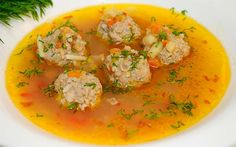 Balkan meatball soup is delicious soup that gives strength and vitamins for cold days. Put a little more pepper and cold is over. Macedonian Food, Meatball Soup, Cookie Do, Soups And Stews, Thai Red Curry, Bacon, Lunch, Stuffed Peppers, Healthy Recipes
