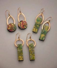 Learn how to use alcohol inks to create jewelry with Barbara McGuire
