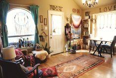 Request my free quote today modern bohemian home decor Bohemian Chic Home, Modern Bohemian, Bohemian Homes, Bohemian Lifestyle, Hipster Decor, Estilo Boho, My New Room, Boho Decor, Bohemian Decorating