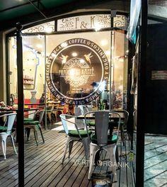 FRAÎCHE ET KÂFFÈ sur Instagram: Un lugar bien agradable para tomar un cafe especial... un cafe ademas «organico» ❤️🌍🌱😘🇨🇴♻️🚴♂️🍓🎊😍🌱