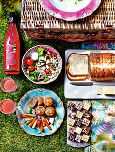 Get Set For Your Picnic Needs Mmm British Rhubarb Presse With Ginger Easy Food IdeasPicnic