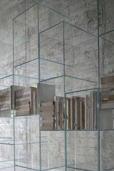 @Antonio Covelo Covelo Covelo lupi CITY - #Design Carlo Colombo #books #glass