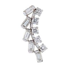 Yvonne Léon Diamond Stud Earring (5 715 AUD) ❤ liked on Polyvore featuring jewelry, earrings, metallic, diamond jewellery, diamond jewelry, metallic jewelry, diamond earrings and earrings jewelry