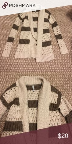 Cardigan Warm and soft cardigan! Worn once and perfect condition! Sweaters Cardigans