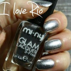I LOVE RIO. A sparkling effect lacquer with high glitter concentration! Do you Luke, Girls? ♥   #baby #beautiful #beauty #bestoftheday #cool #cute #fashion #fashionista #girl #girls #inspiration #iphonesia #life #look #love #model #nail #nailart #nailpolish #nails #outfit #photooftheday #pretty #shoes #shopping #style #glitter #sparkling #silver #rio