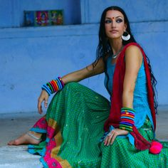 International performing artist Colleena Shakti is definitely one act to look out for at the Zee Jaipur Lit Fest Tribal Fusion, Hindus, Moda Tribal, Light Fest, Tribal Looks, Saree Photoshoot, India People, Tribal Belly Dance, Women's Summer Fashion