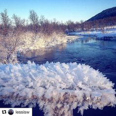 "Krystal klart. #reiseblogger #reisetips #reiseliv #reiseråd  #Repost @lessisw with @repostapp  ""Snow Crystals"" Location: River of Berg (Bergselva) close to Harstad City     #pictureoftheday #snowcrystals #ig_nordnorge #ig_northernnorway #river #visitharstad #fever_natura #natura_love_ #natura_stop #beauty_of__nature_"