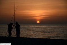 Mein erstes Mal in diesem Jahr und mit Motiv wirkt es gleich interessanter.    #Heiligenhafen #Strand #Meer #Sonne #Sonnenuntergang