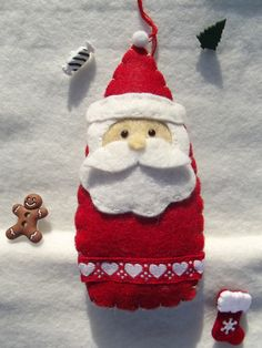 Décoration Père Noël en feutrine, rouge, blanc et gris pour décorer le sapin : Accessoires de maison par floriane-s