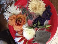 These are flowers from a bridal bouquet that have been dried in silica gel. Use dried flowers from your bouquet in a shadow box with your wedding invitation and some ribbon. Silica Gel Uses, Ribbon Diy, Dried Flowers, Shadow Box, Most Beautiful Pictures, Wedding Invitations, Bouquet, Keepsakes, Bridal