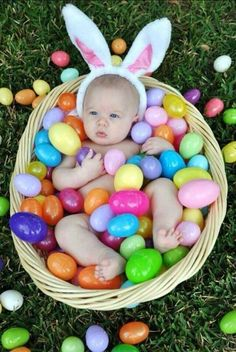 Easter egg hunt for babies the best easter egg hunt idea for 10 of the most adorable easter baby photos ever negle Choice Image