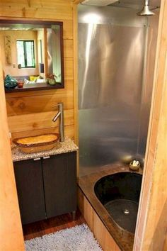 Tiny House Bathtub Ideas Elegant Tiny House Bathroom Designs that Will Inspire You Microabode Small Space Bathroom, Bathroom Red, Tiny Bathrooms, Bathroom Design Small, Bathroom Layout, Bathroom Ideas, Bathtub Ideas, Bathroom Designs, Bathroom Renovations