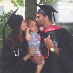 Couple graduated from Harvard Medical School! ♥ ♥ Couple graduated from Harvard Medical School! Family Tumblr, Couple Goals Tumblr, Family Matters, Family Goals, Cute Family, Beautiful Family, Family Pics, Black Couples, Cute Couples