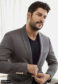 Turkish Men, Turkish Beauty, Turkish Actors, Beautiful Men Faces, Gorgeous Men, Beautiful Pictures, Stylish Men, Men Casual, Foreign Celebrities
