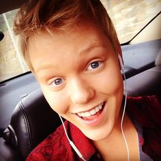 Jack Vidgen It is in the photo beautifully wonderful smile and is simply amazing