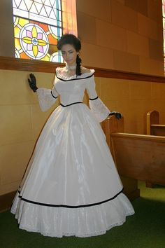 Carolina Civil War Gown by Recollections. Satin ribbon laces up the back corset-style! Satin Dresses, Bridal Dresses, Prom Dresses, Vintage Gowns, Vintage Outfits, Victorian Dresses, Pretty Dresses, Beautiful Dresses, Southern Belle Dress