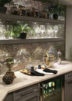 65 Best and Cool Home Bar Design Confused to make a bar room? On the topic of design for our favorite home is to discuss the design of the bar room that will be in our home. Diy Home Bar, Home Bar Decor, In Home Bar Ideas, House Ideas, Small Bars For Home, Mini Bar At Home, Basement Bar Designs, Basement Ideas, Modern Basement