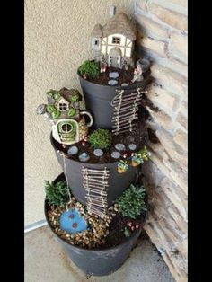 4 Abundant Cool Tips: Mini Garden Ideas Fairy backyard garden flowers plants.Backyard Garden Lights Fun home garden ideas plastic bottles.Backyard Garden Ideas On A Budget. Garden Crafts, Garden Projects, Garden Art, Diy Projects, Garden Planters, Succulent Planters, Easy Garden, Balcony Garden, Garden Oasis