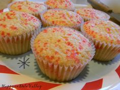 Happy in Dole Valley: Peppermint Muffins {Muffin Monday - Friday Edition!}