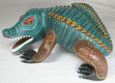 #OAXACAN WOOD CARVINGS / #ZAPOTEC / #ALEBRIJES / #MEXICAN WOOD CARVINGSMore Pins Like This At #FOSTERGINGER @ Pinterest