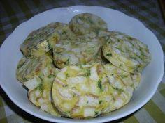 karlovarský knedlík Bread Dumplings, Russian Recipes, Potato Salad, Zucchini, Side Dishes, Favorite Recipes, Chicken, Meat, Vegetables