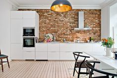 brick wall in the kitchen Scandinavian Kitchen, Brick Wall, Kitchen Decor, Ikea, Sweet Home, Design Inspiration, House, Furniture, Bricks