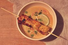 satay laks med thai inspireret jordskokkesuppe // Satay salmon with jerusalem artichoke soup