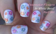 Pastel watercolor #nailart in floral design - White sand #nails - For more easy nail ideas please visit: https://www.youtube.com/user/LifeWorldWomen