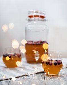 Cranberry Apple Cider Punch Recipes Based On Ingredients, Fresh Cranberries, Easy Cocktails, Drink Dispenser, Punch Recipes, Ginger Ale, Cranberry Juice, Food Photo, Apple Cider