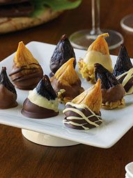 Chocolate-Dipped Stuffed Figs | Valley Fig Growers