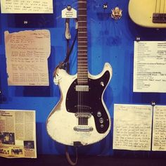Johnny Ramone's Mosrite Ventures II Model guitar at the Rock and Roll Hall of Fame Museum Instrument Sounds, Guitar Room, Gabba Gabba, Guitar Collection, Any Music, Ramones, Guitar Amp, Electric Guitars, Silver Stars